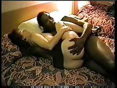 Wife in hotel room likes it big and black tubes