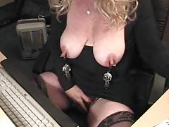 Hanging weights off nipples in webcam clip tubes