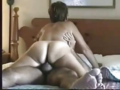 Hot hotel sex with some sexy pussy rubbing tubes