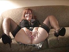 Wife changes for bull and then goes to meet him tubes