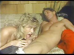 Retro fuck with blonde on her couch tubes