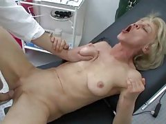 Granny anal sex on visit to doctor tubes