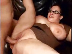 Fucking the chubby slut in glasses tubes