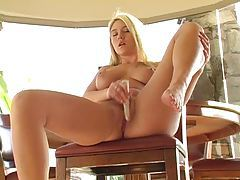 Alison Angel uses vibrator to cum tube