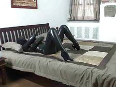 Girl in latex catsuit masturbates tubes