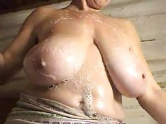 She washes her big natural tits tubes