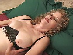 Hot amateur loves to strapon fuck her man tube