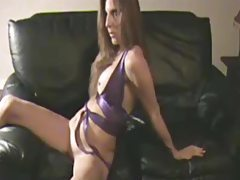 Amateur Short Session On The Couch tubes