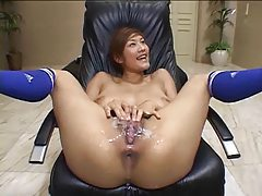 Pussy bukkake with loads all over her cunt tubes