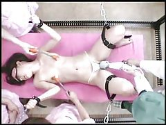Japanese chick chained down and masturbated tubes
