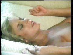 Pussy licking action with young ladies tubes