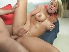 Seductive cougar gets laid tubes