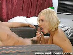 Blonde with sexy body loves dick in her box tubes