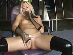 Amateur Blonde Toying Her Naughty Pussy tubes