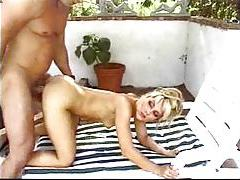 Hot outdoor sex with shaved blonde tubes