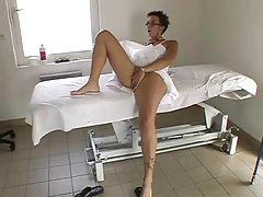 Glasses chick gets massage and a hard fuck tubes