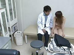 Woman used by her gynecologist Part 1 tubes