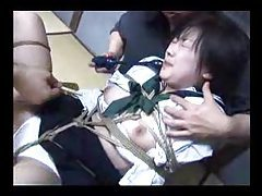 Japanese brunette girl played with by guys tubes