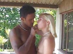 Hot girl quickly gets to having her ass fucked tubes