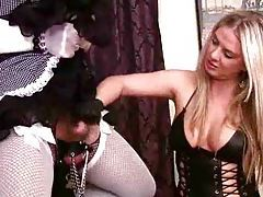 Dominant blonde milks her sissy boy tubes