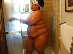 Black BBW wet and sexy in the shower tubes