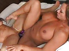 Sexy muscular chicks have lesbian sex tubes