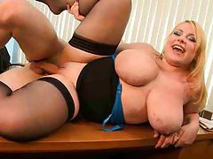 Office sex with a chubby blonde girl tubes