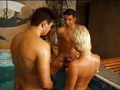 Awesome bisexual threesome pile up tubes