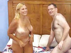 Chubby couple fucks and her shaved pussy is hot tubes