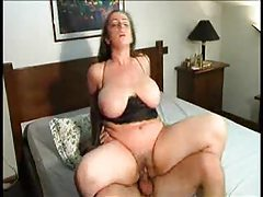 Sexy brunette manages to get laid tubes