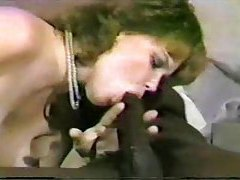 White lady loves that big black cock tubes