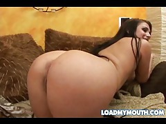 Striptease girl giving a great blowjob tubes