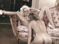 Lusty licking and fingering with lezzies tubes