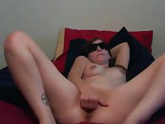Sunglasses amateur fingers and fucks tubes