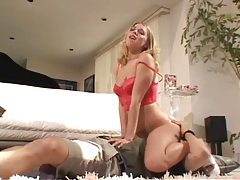 Hot blonde does excellent facesitting with him tubes