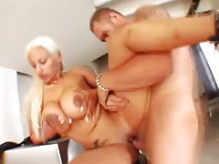 Making the big Latina tits bounce around tubes