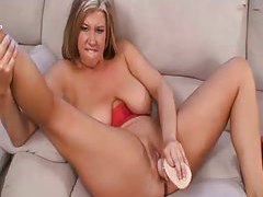 BBW and her toys have solo sex tubes