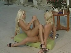 Sexy porn blondes have lesbian sex outdoors tubes