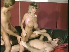 Classic porn with huge tits blonde banged by two tubes