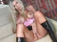 Short skirt and slutty boots on beauty tubes