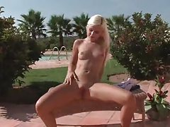 Blonde is pure and cute and masturbates outdoors tubes