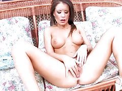 She is a beauty with a hot body and she toys tubes