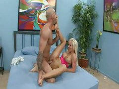 Sucking toes and pounding pussy with blonde tubes