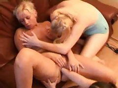 Chubby lesbian chicks are fisting deeply tubes