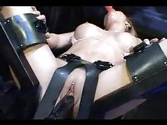 Dildo machine fucking this hot body goddess tubes