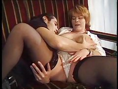 Milf pussy makes his cock feel so good tubes