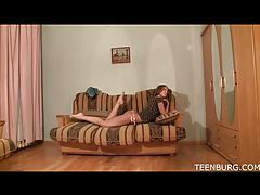 Skinny girl on the couch masturbating tubes