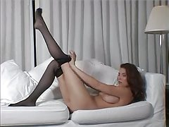 Natural babe in pantyhose teases softcore tubes