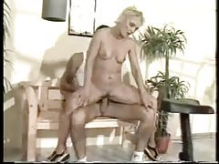 Blonde mature fucked by a guy in the gym tubes