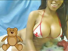 Huge titties on a black girl on webcam tubes